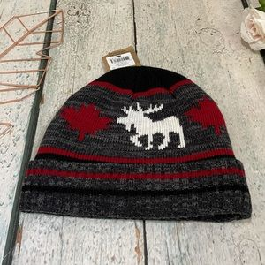 Windriver new toque beanie Canada moose maple leaf red black grey white mens